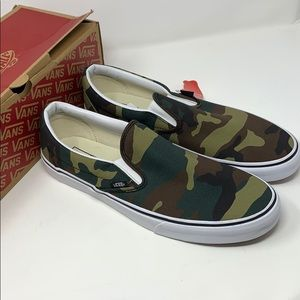 VANS camo slip on classic shoes Size 13 men's